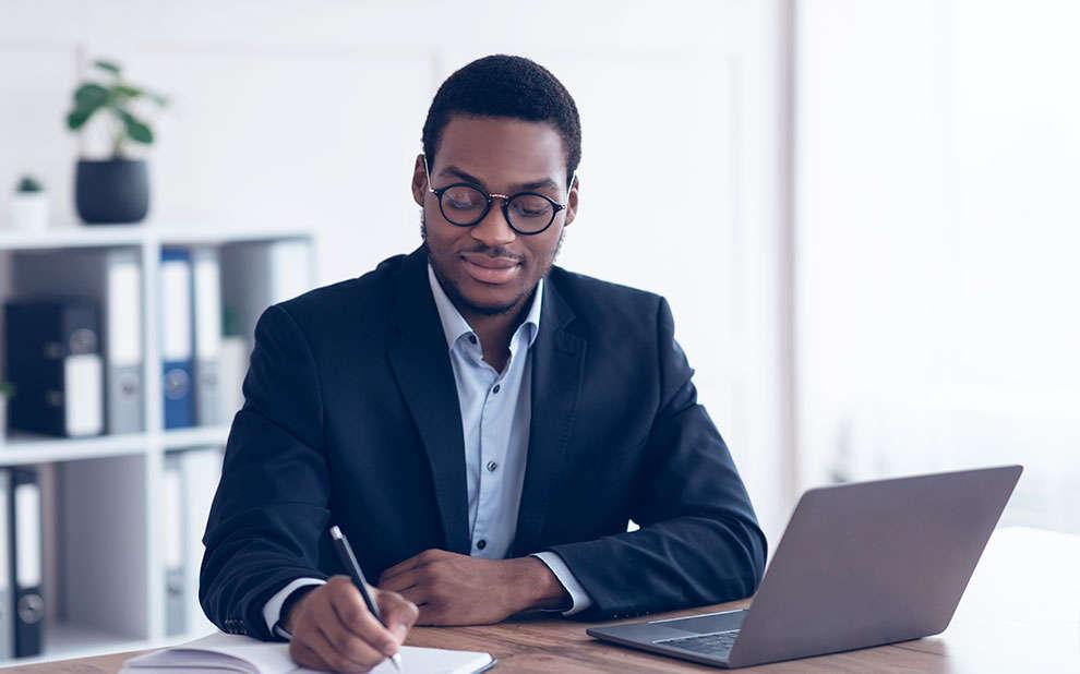Formação Executiva: trilhas de aprendizagem abordam estratégias para lidar com mudanças no ambiente de negócios