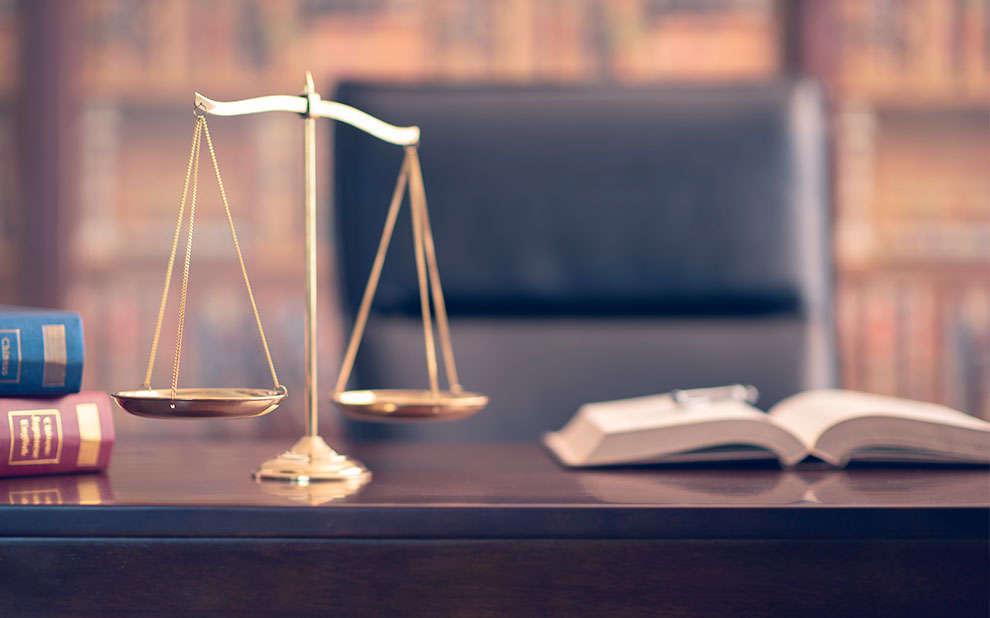 Livro analisa as implicações das relações entre Direito e Economia para a sociedade